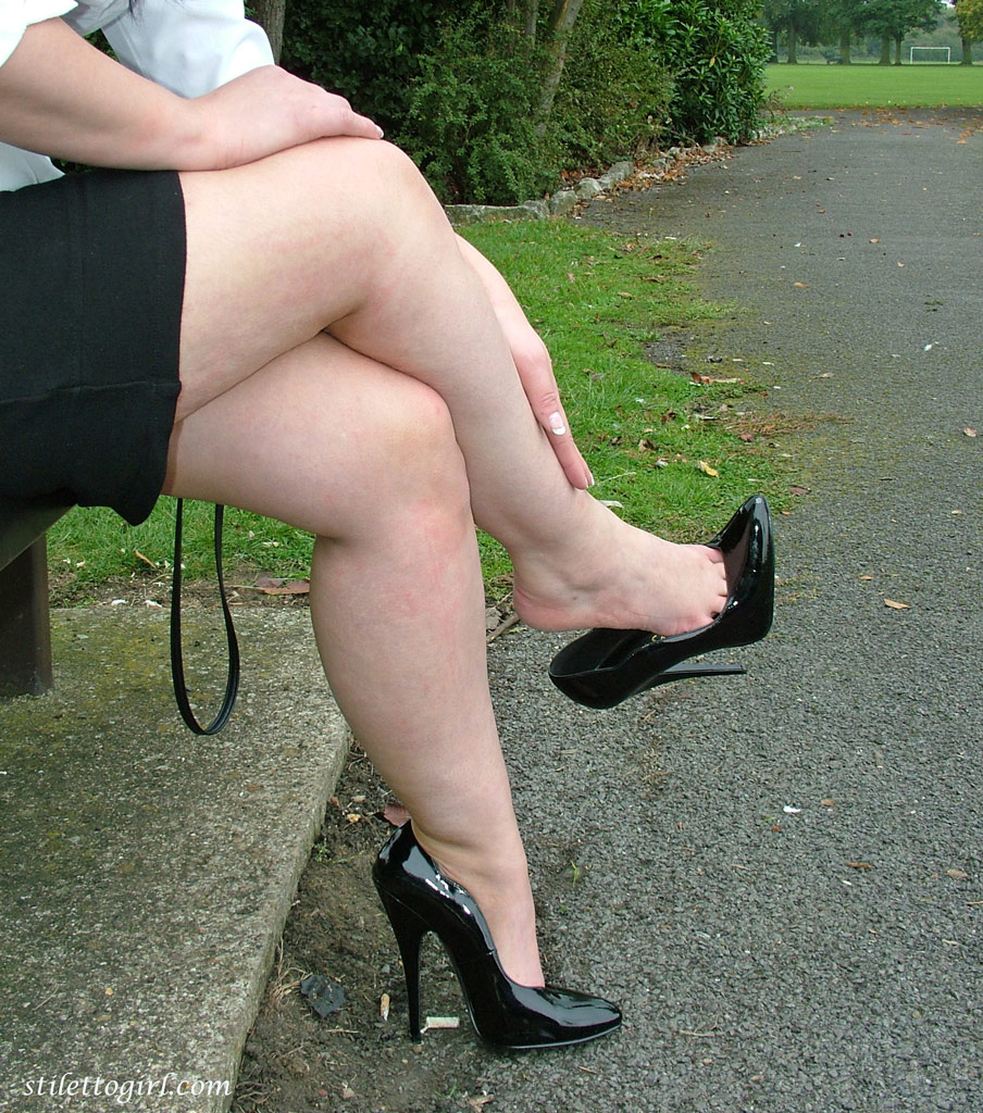 Толстые раздвигают ноги что