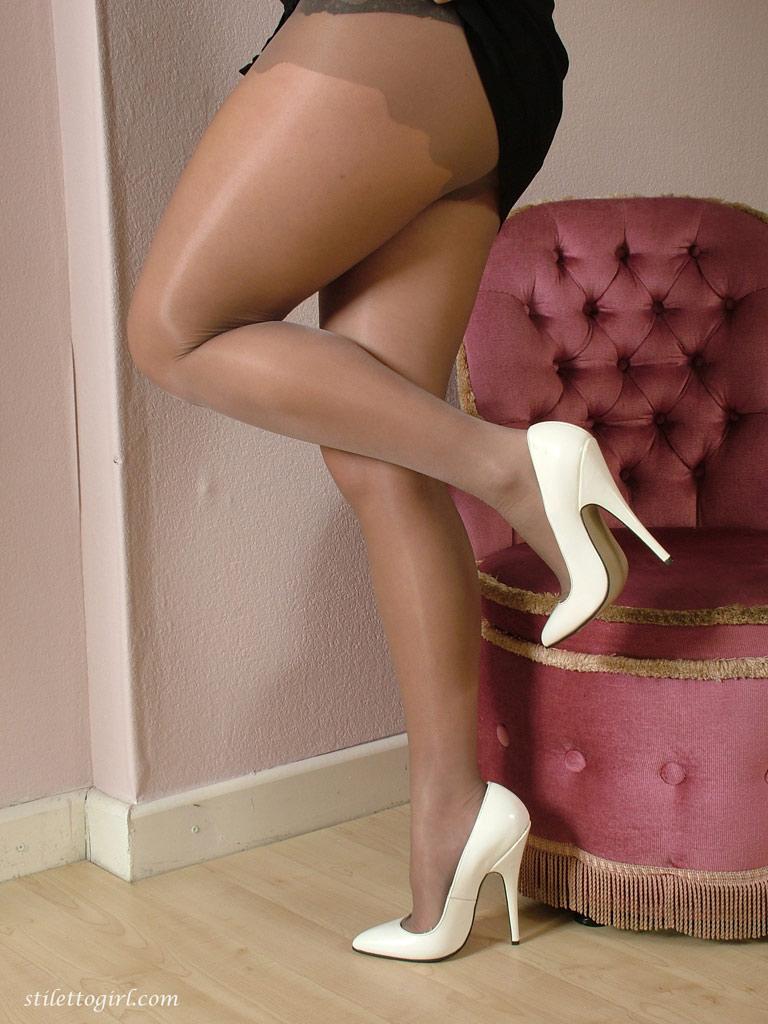Фото мамочек с пышными ножками фото 651-284
