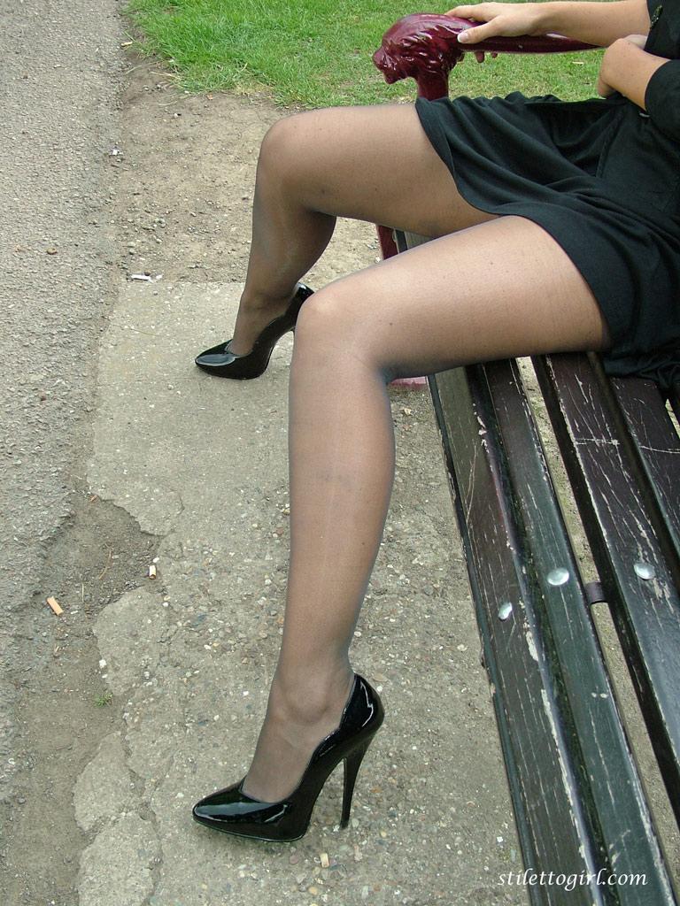 мама роздвигают ноги на фото